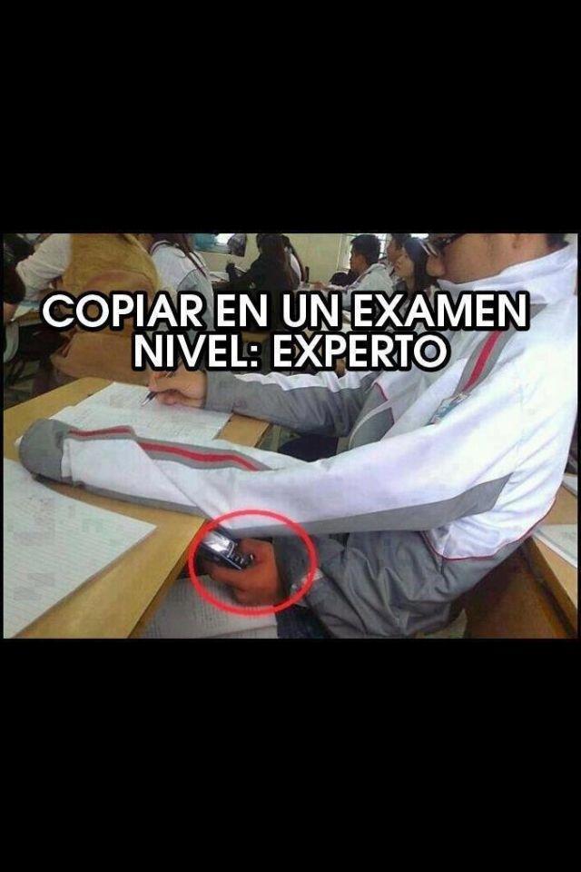 1. Describe (en español!) como está copiando el estudiante.  2. ¿Por qué es de nivel experto? ¿Qué sería un ejemplo de nivel básico? 3. ¿Has copiado un examen? ¿De qué nivel de copiar eres tú?