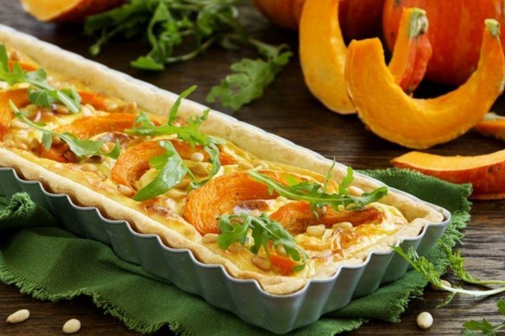 Перед вами несколько простых рецептов блюд из тыквы, а именно способы приготовления тыквенных кексов, быстрых тыквенных пирогов, чизкейка и печенья!