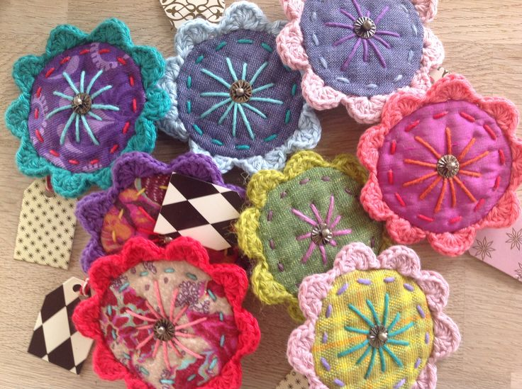 Hippie broches - crochet and embroidery