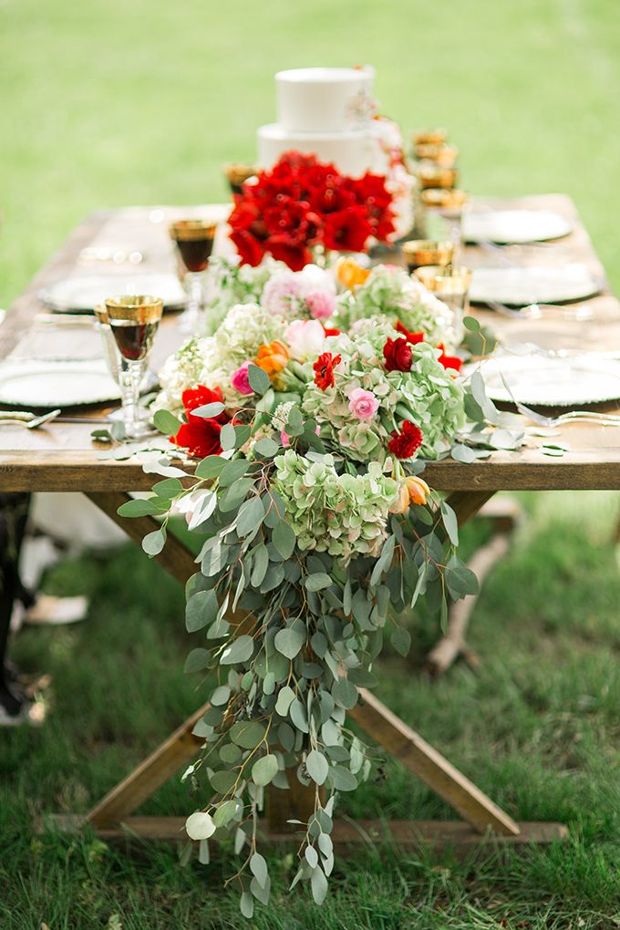 romantic greenery centerpiece by Posy | Style & Story Creative | Glamour & Grace