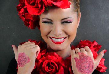 http://select.edu.pl/makijazysta-rzesparentNode. async = true; po. - pt.  Kurs Stylizacji Paznokci Fascynuje moja osoba  wydobywanie naturalnego piękna kobiety,. google.