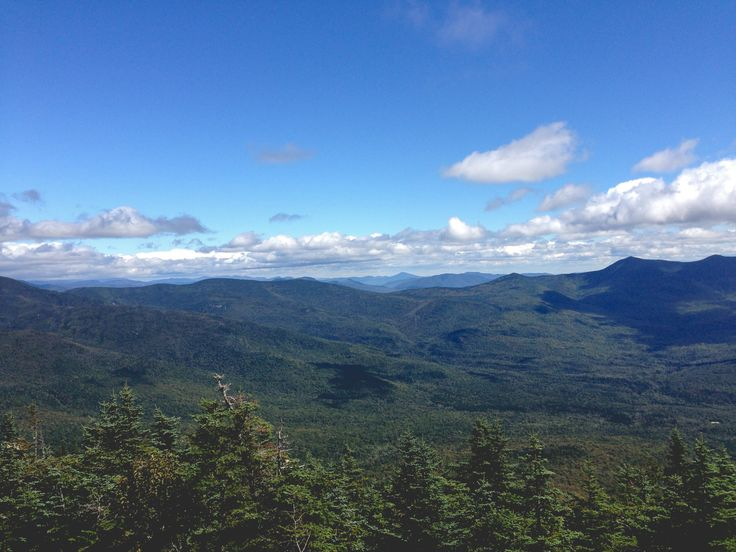 Hiking Trail Review of Mount Tecumseh at the Waterville Valley Ski Resort in the White Mountains of New Hampshire