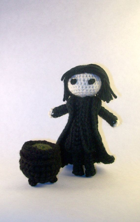 Alan Rickman as Professor Severus Snape from Harry Potter ( Handmade Crochet Doll ) by PaintsAndNeedles || I have a picture of his little cauldron, now!  :D