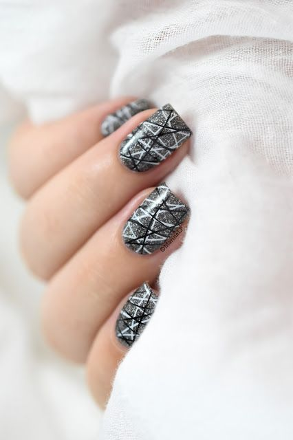 Black & white double stamping [VIDEO TUTO]