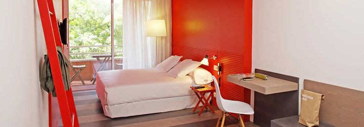 3* chic&basic Ramblas Hotel Barcelona | Official Website