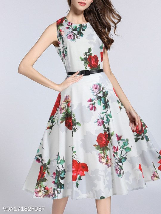 245306bc09 Round Neck Floral Printed Maxi Dress  berrylook  fashion  styles  clothes   fashionista