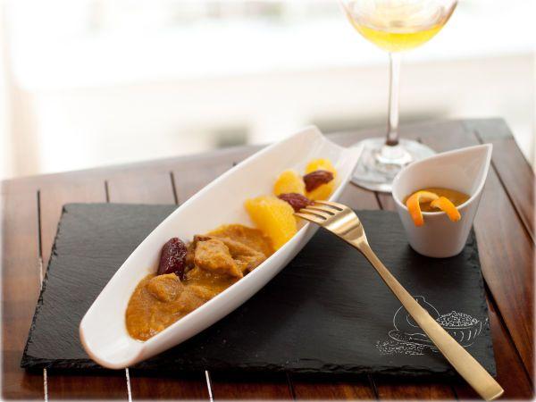 Receta Secreto ibérico con salsa de naranja y dátiles, para Cuentista - Petitchef