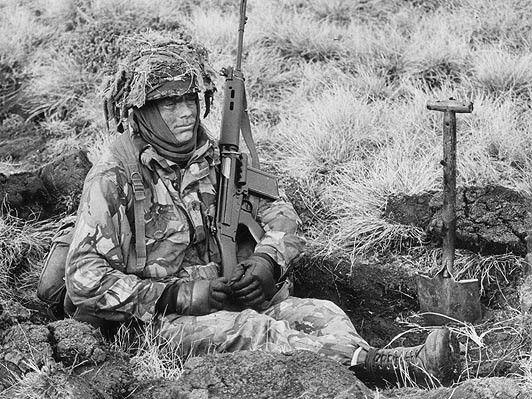 Falklands war pin by Paolo Marzioli