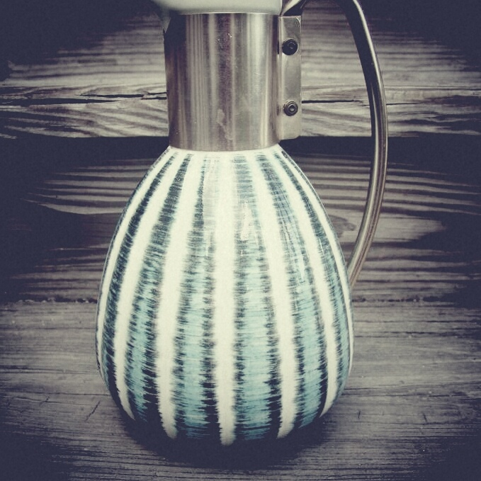 Vintage coffee pot, bought by my friend in Chicago. #wysokipolysk #fleastyle