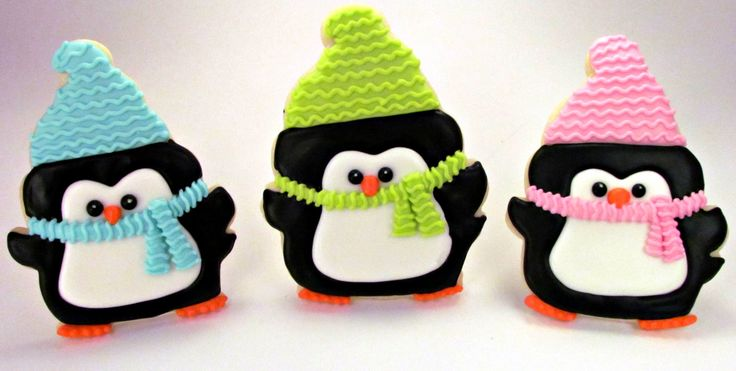 Every Christmas I make penguin cookies. This step by step tutorial will show you how to make sugar cookie penguins that are decorated with royal icing.