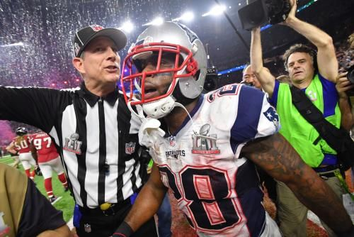 Last summer, a smattering of uninformed onlookers -- media and fans alike -- thought James White might be on the roster bubble for the New…