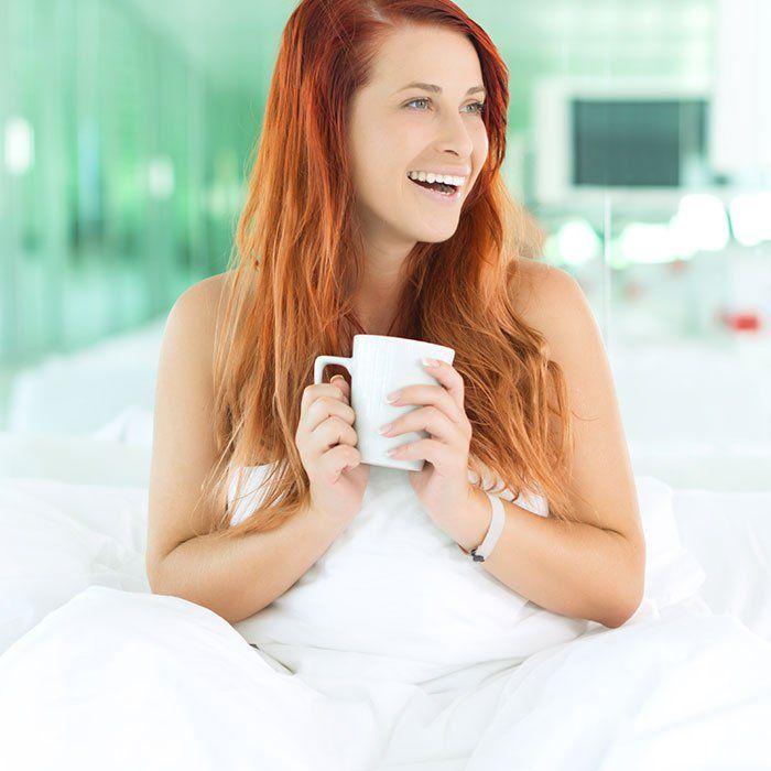 Ce n'est pas parce que vous êtes adepte de la grasse matinée que vous ne pouvez pas devenir une personne matinale. La preuve grâce à ces quelques conseils pour mieux dormir!