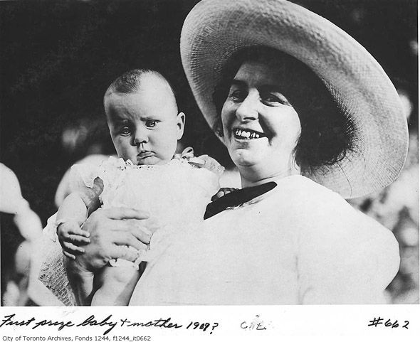 First prize baby and mother - 1969? - CNE - via @blogTO