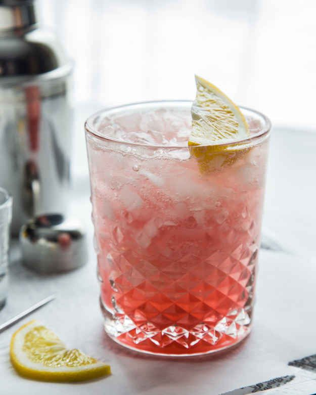 Meyer Lemon Raspberry Fizz