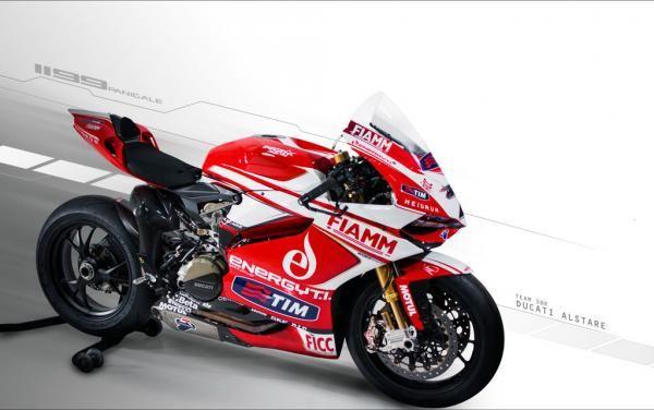 Ducati Gandeng Feelracing Di Ajang Balap WSBK 2014 Mendatang - Vivaoto.com - Majalah Otomotif Online