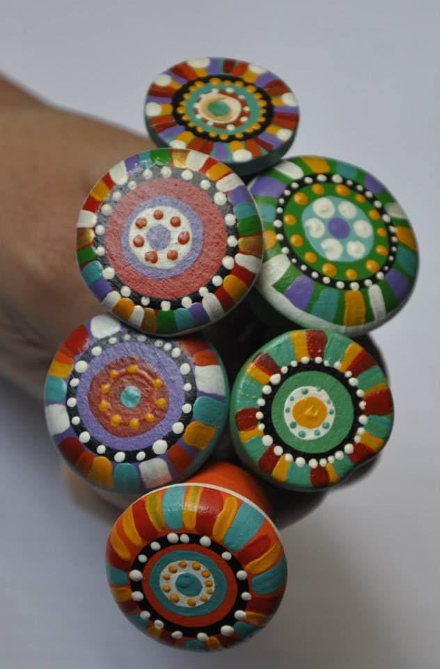 Tiradores de cerámica pintados a mano