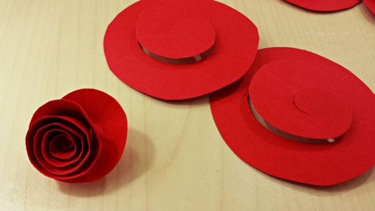 Da una girella nasce un fiore... e da un fiore... http://www.lafigurina.com/2015/01/tutorial-come-realizzare-un-quadro-con-rose-di-carta-per-san-valentino/