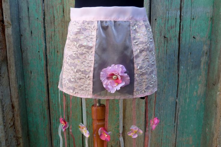 Pink apron,hostless apron,wedding apron,festival apron by Mammastreasure on Etsy