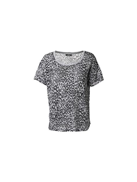 T-shirt Manuhi met luipaardprint