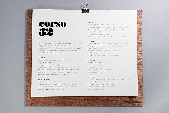 menu design on wood plank, nice!
