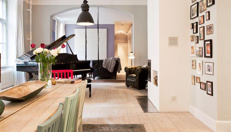 Foto Collage di famiglia nel corridoio - Spektakulär arkitektritad våning | Wrede