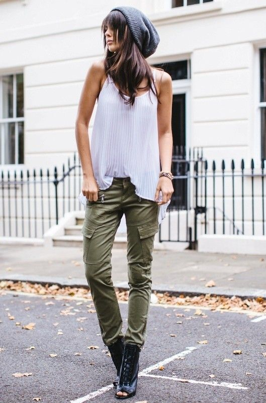 15 Spring & Summer Fashion Trends for Women 2017  - Do you want to add new pieces to your wardrobe for the upcoming seasons? Do you want to discover more about the latest fashion trends that are present... -  cargo-pants-2 .