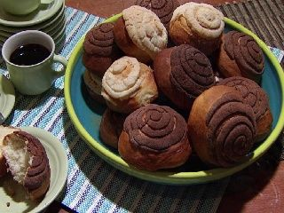 Mexican sweet bread (conchas).