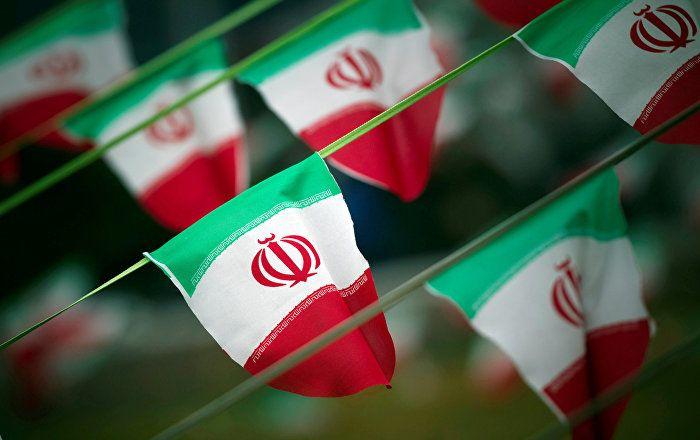 Donald Trump a décidé lundi de préserver l'accord sur le programme nucléaire iranien, mais le Président américain souhaite imposer à Téhéran de nouvelles sanctions en raison de son programme de missiles balistiques et de ses actions au Proche-Orient.  ILS NOUS CASSES LES COUILLES AVEC LE MENSONGE DE MERDE