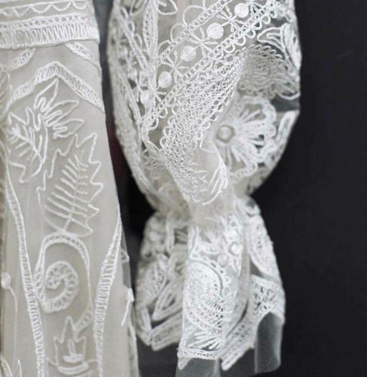 @naeemkhannyc nails it every time! laceandembroidery#weddingplanning #weddingtips #vogue #designer #weddingdressdesigner #bridal #bridalcouture #bridalfashion #bridaldesigner #weddingphoto #weddinginspiration #weddingblog #bride #lace #embroidery #sydney #sydneydesigner #australian #parisfashionweek #fashionweek #beading #fabric #fabricdesign #trending #inspiration