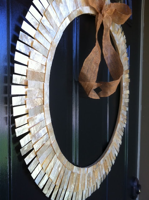 The Happy Homebodies: Home Decor and Do-It-Yourself Projects: DIY Capiz Sunburst Wreath
