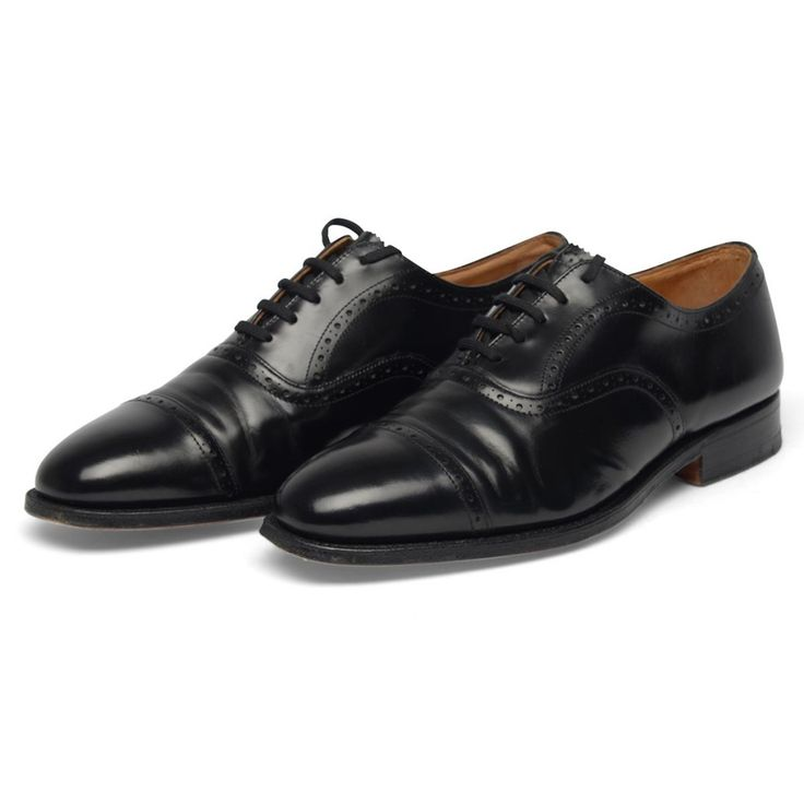 These classic English half brogues are a timeless piece of footwear. In simple black with embossed detail and a laced fastening - they're a classic, ideal for both office wear and formal occasions.