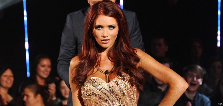 If I ever decide to be a bitch to my hair again, it's going this color. So in love with Amy Childs' hair.