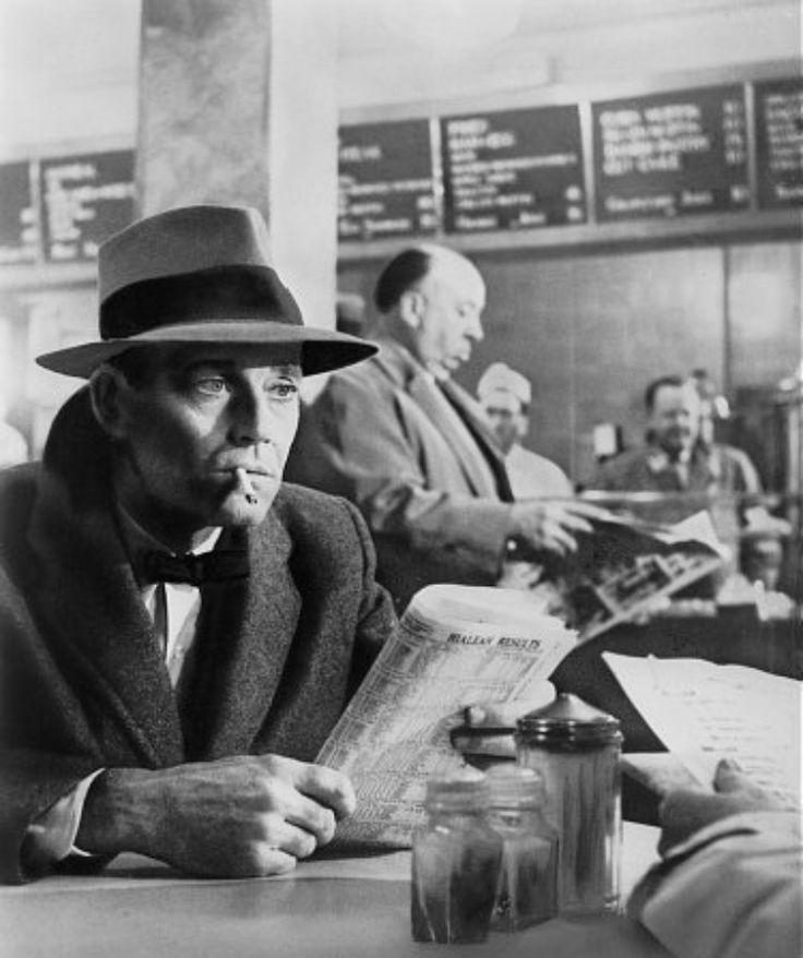 Henry Fonda y Alfred Hitchcock en Falso culpable, 1956