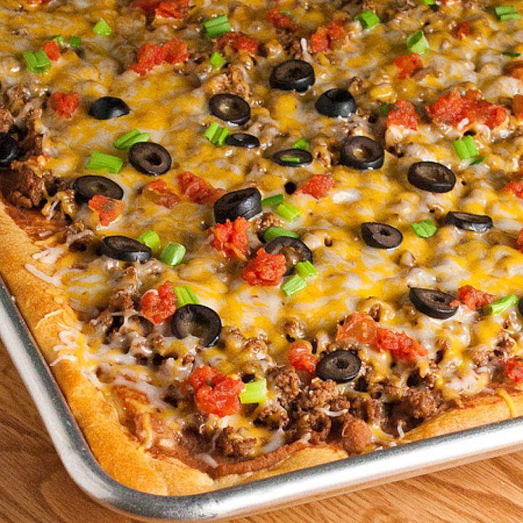 Taco Pizza @ Justapinch | I'm craving a Taco pizza with a crisp crust...hoping I can get the crescent rolls sorta crispy!