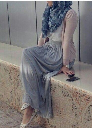 modest, hijabi style, and hijabi trends image