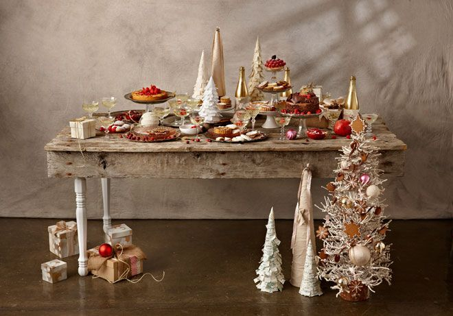 Holiday Table Setting  |  Art Director Steph Fowler |  Stylist Alicia Buszczak
