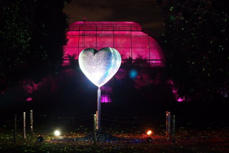 This light installation is entitled Heart of Stars, it was created by Stephen Newby, and is positioned outside the Palm House at the Royal Botanic Gardens at Kew. Pictured during the Christmas at Kew 2016 event.