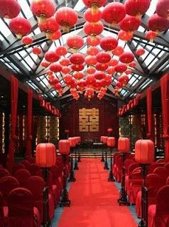 Hang Red Lanterns for Tea Ceremony.