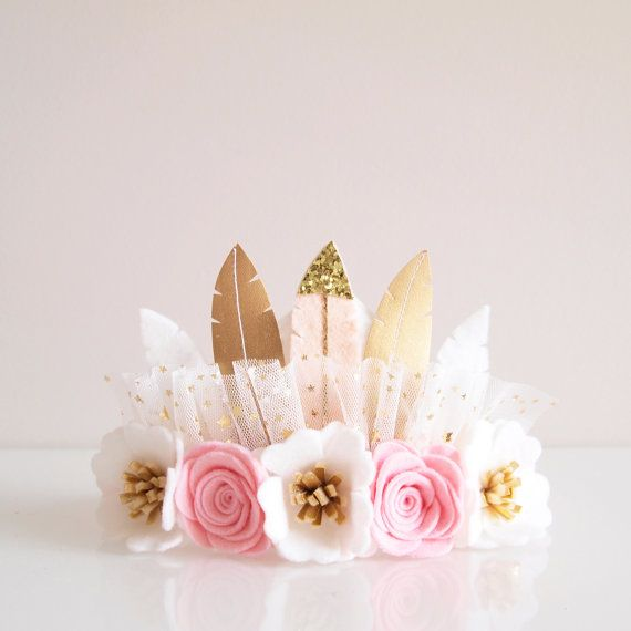 Kirei Bloom piuma corona - piuma rosa pallido / corona di compleanno / feltro fiore Corona / Corona di piume / feltro corona di fiori piuma