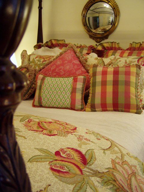 Best 25 French Country Bedding Ideas On Pinterest Toile