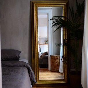 #kalklitir ; celadon primo on wall... (picture by @ida_sofija