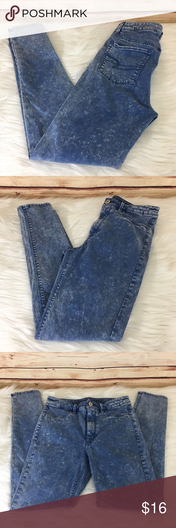 "✨ American Eagle Outfitters high waisted jeggings ✨Newly listed items are priced to move.. please help me clear out my actual closet 😉 Brand: American Eagle Outfitters Size: 6 regular Type: 'sky high' wash, high waisted skinny jegging style,  Details: front pockets don't function, back pockets do  Waist measurement: 13.5"" across  Inseam: 28"" Length: 37.5"" Condition: preloved, excellent  Other: this item does not fit me, sorry I cannot model ✨Build a bundle with all your likes and use the…"