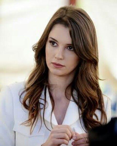 Leyla Lydia Tuğutlu✌