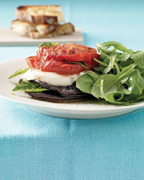 Roasted Portobello Caprese Salad: Tomato, Caprese Salad, Salad Recipe, Mozzarella, Portobello Caprese, Roasted Portobello, Lunch, Healthy Food, Mushrooms