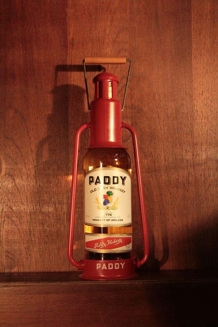 Paddy - Whiskey irlandes em estojo no formato de farol naval