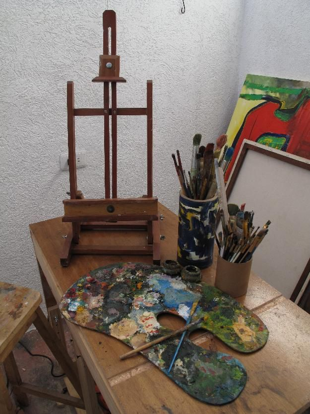 23 best easel images on pinterest easels art studios - Caballete para pintar ...