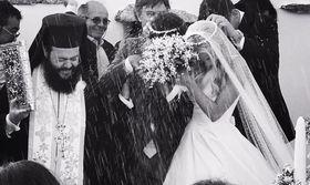 Δούκισσα Νομικού: Αυτή ήταν η μπομπονιέρα του γάμου μας   Είμαι τρομερά χαρούμενη που μου στέλνετε καθημερινά πανέμορφα λόγια και ευχές για το νέο συναρπαστικό κεφάλαιο στη ζωή μου. Και είμαι ακόμη πιο χαρούμενη  from Ροή http://ift.tt/2sV3BWo Ροή