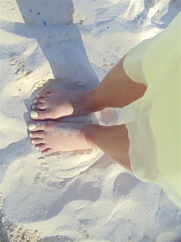 The Amusing Yellow nails on pinterest Image