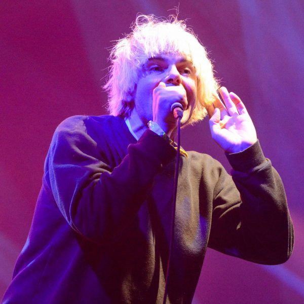 The Charlatans kick off Kendal Calling in style http://www.cumbriacrack.com/wp-content/uploads/2016/07/DSC_4458-600x599.jpg Kendal Calling was rocking on Thursday evening as the main stage was brought to life by The Charlatans. Front man Tim Burgess entertained the early bird ticket holders with his energetic and powerful performance, after following a superb set from Northern Irish alternative rockers, Ash.    http://www.cumbriacrack.com/2016/07/29/charlatans-kick-off-kendal