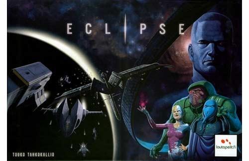 """ECLIPSE es un recién llegado a la galaxia lúdica, pero con mucha fuerza para situarse entre los mejores juegos de mesa de los últimos años. Componentes cuidados en una caja de 3 kilos de peso ha dejado """"eclipsados"""" a muchos de los títulos del género. Con un reglamento y modo de juego sencillo, se consigue un juego muy redondo en el que explorarás la galaxia, innovarás tecnología y te enfrentarás a los demás jugadores por el control de la galaxia. De 2 a 6 jugadores editado en español por…"""